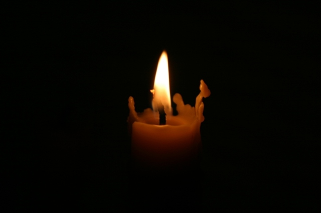 Candle-in-the-dark1